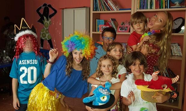 Disfrazados en el campamento urbano de la academia de ingles de Rivas English Learning Academy